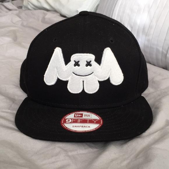 16af41b5085 Never worn Marshmello SnapBack hat. M 5aa3f0dc2ae12fbc5a83cb3e